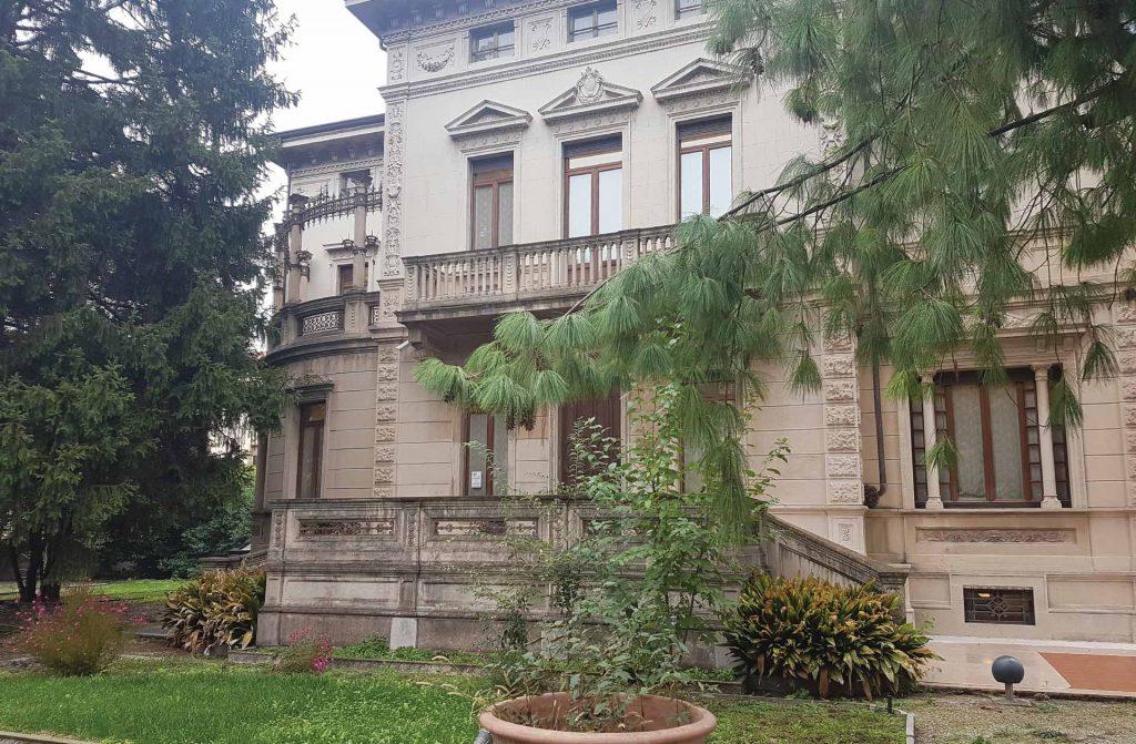 VILLA-ROSSINI-NUVOLARI-1.jpg