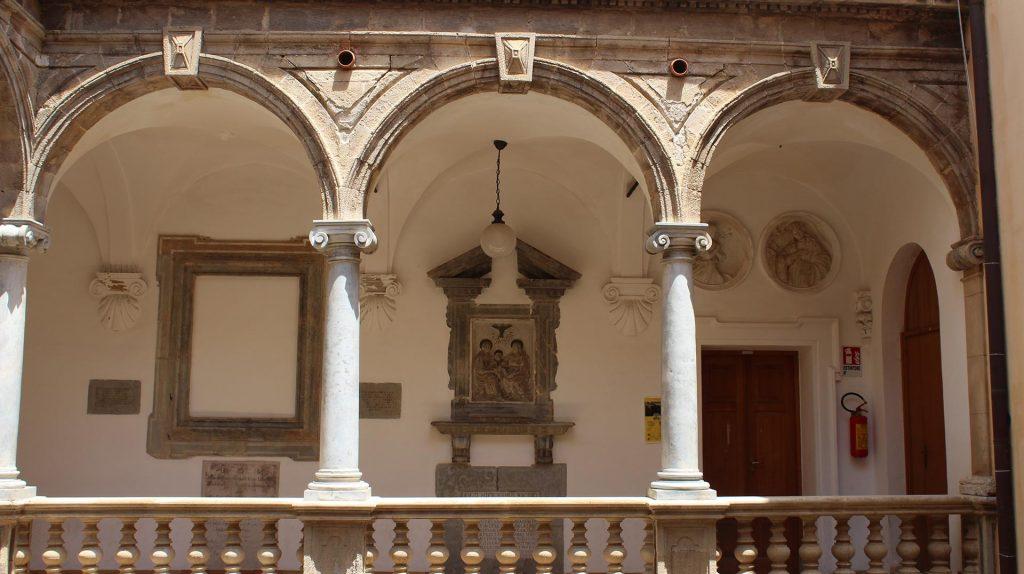 Palazzo-Riccio-di-San-Gioacchino-1.jpg