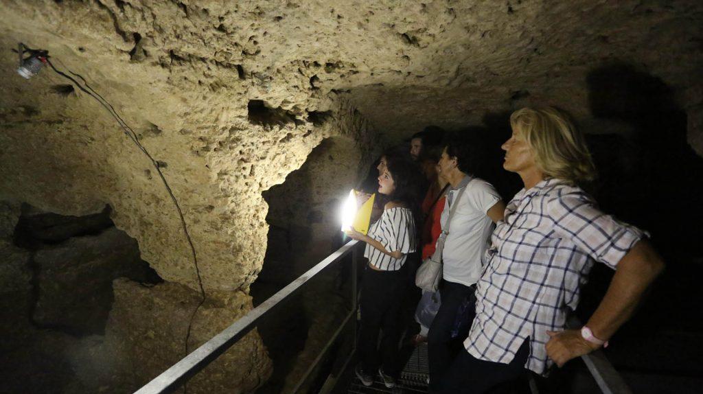 Catacombe di San Michele Arcangelo1.jpg