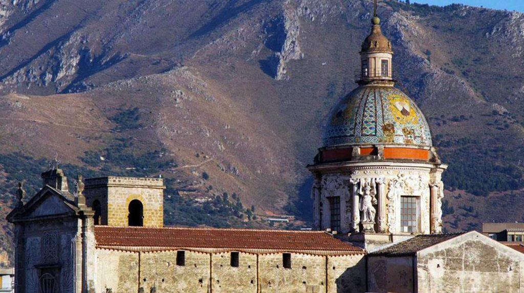 Chiesa del Carmine Maggiore1.jpg