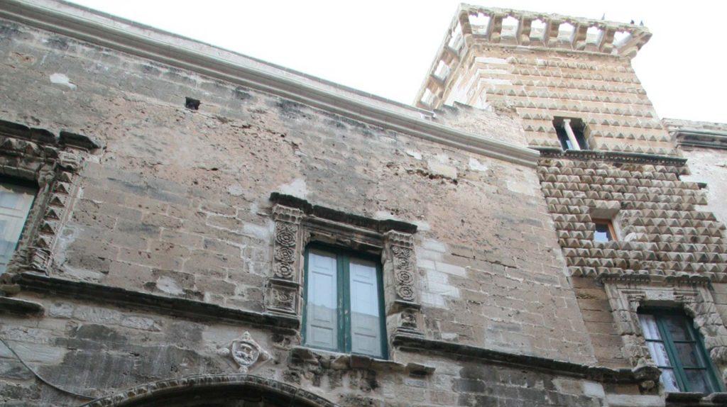 Atrio-Palazzo-Ciambra-1.jpg