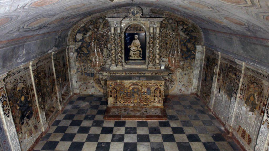 Cripta Lanza a San Mamiliano1.jpg