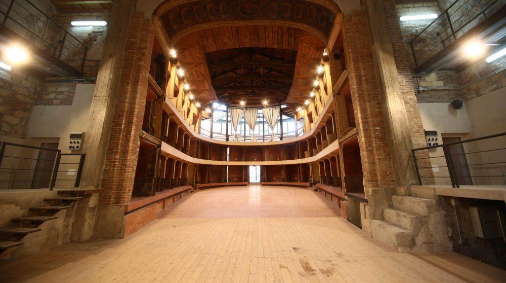 Teatro Garibaldi1.jpg
