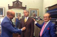 31. CRIMI - Mauro e Carmelo Crimi con un cliente giapponese.jpg