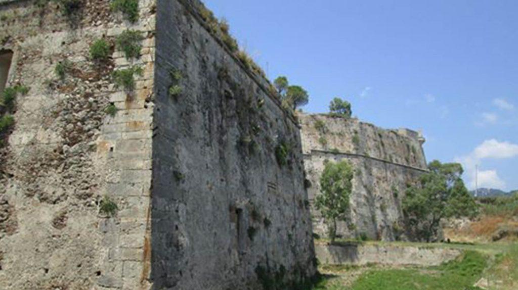 Forte Gonzaga 1.jpg