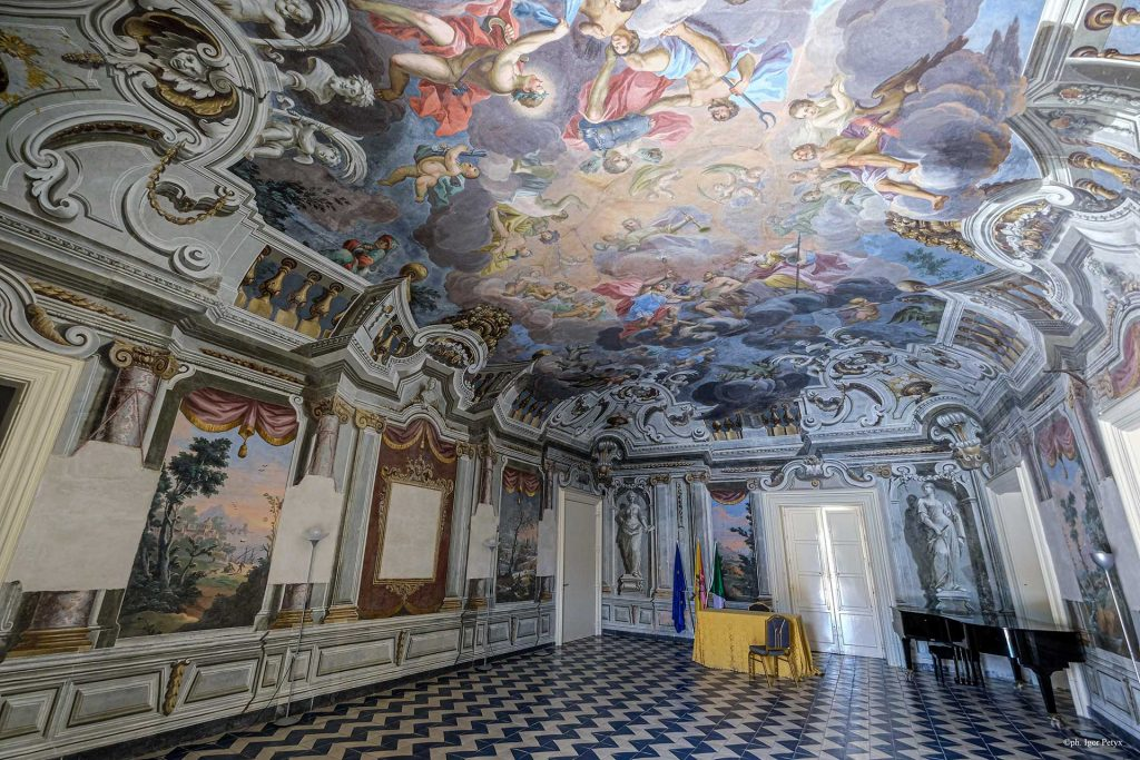 BAGHERIA-Palazzo-Butera-affresco-del-Borremans.jpg