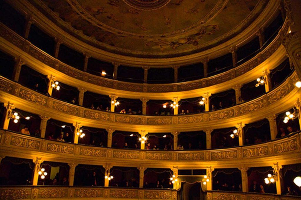 CL---Teatro-Regina-Margherita.jpg
