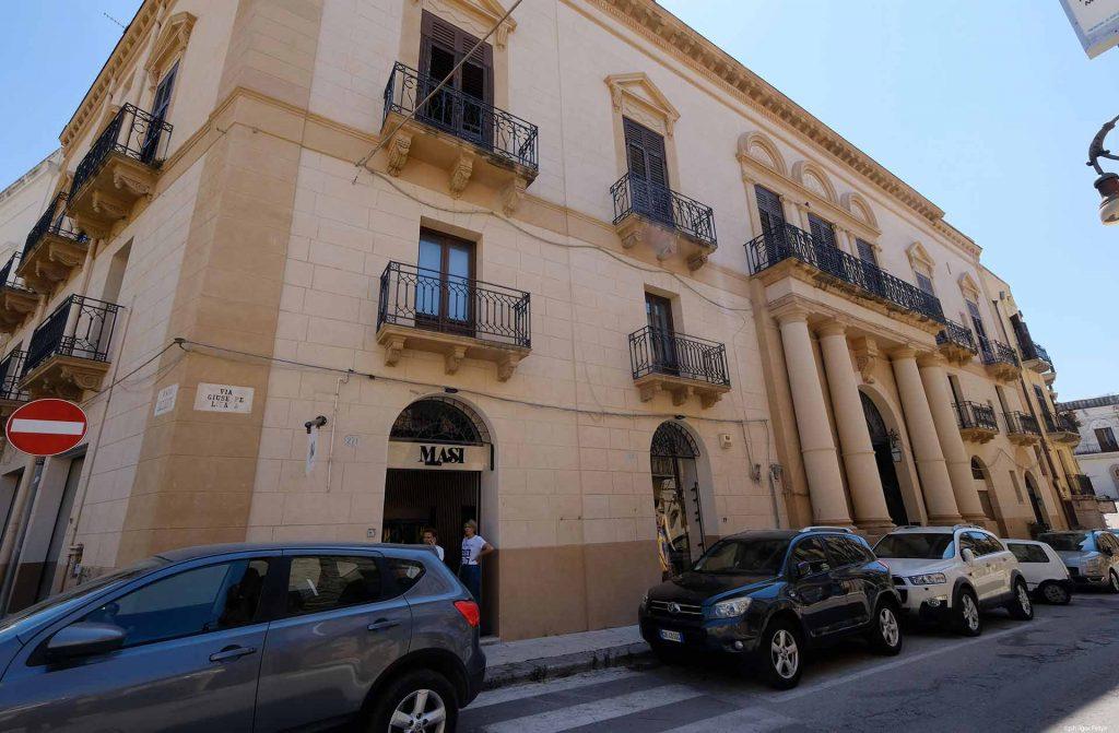 Palazzo-Lazzarini-1.jpg