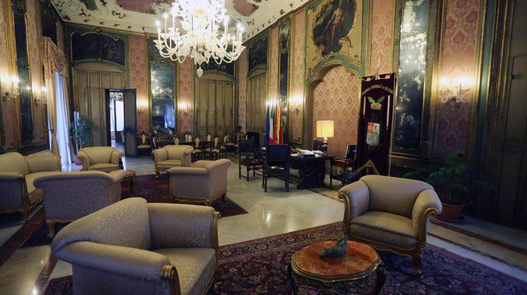 Palazzo Comitini3.jpg