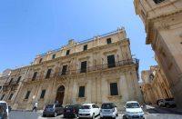 Palazzo-Landolina-Sant'Alfano-3.jpg