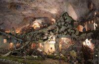 Grotta-Centoscale-3.jpg