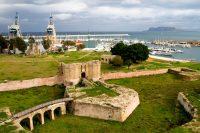Il-bastione-del-Castello-a-Mare.jpg