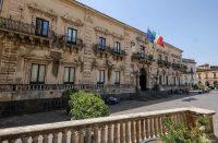 Palazzo-del-municipio-acireale-2.jpg
