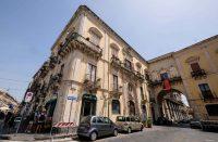 Palazzo-arcivescovile-museo-diocesano-acireale-3.jpg