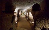Catacombe-Paleocristiane-di-Carini.jpg